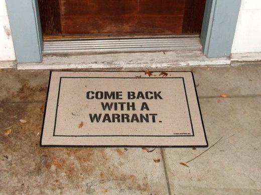 Обыск и арест электронных устройств и носителей информации при пересечении границы США - 3