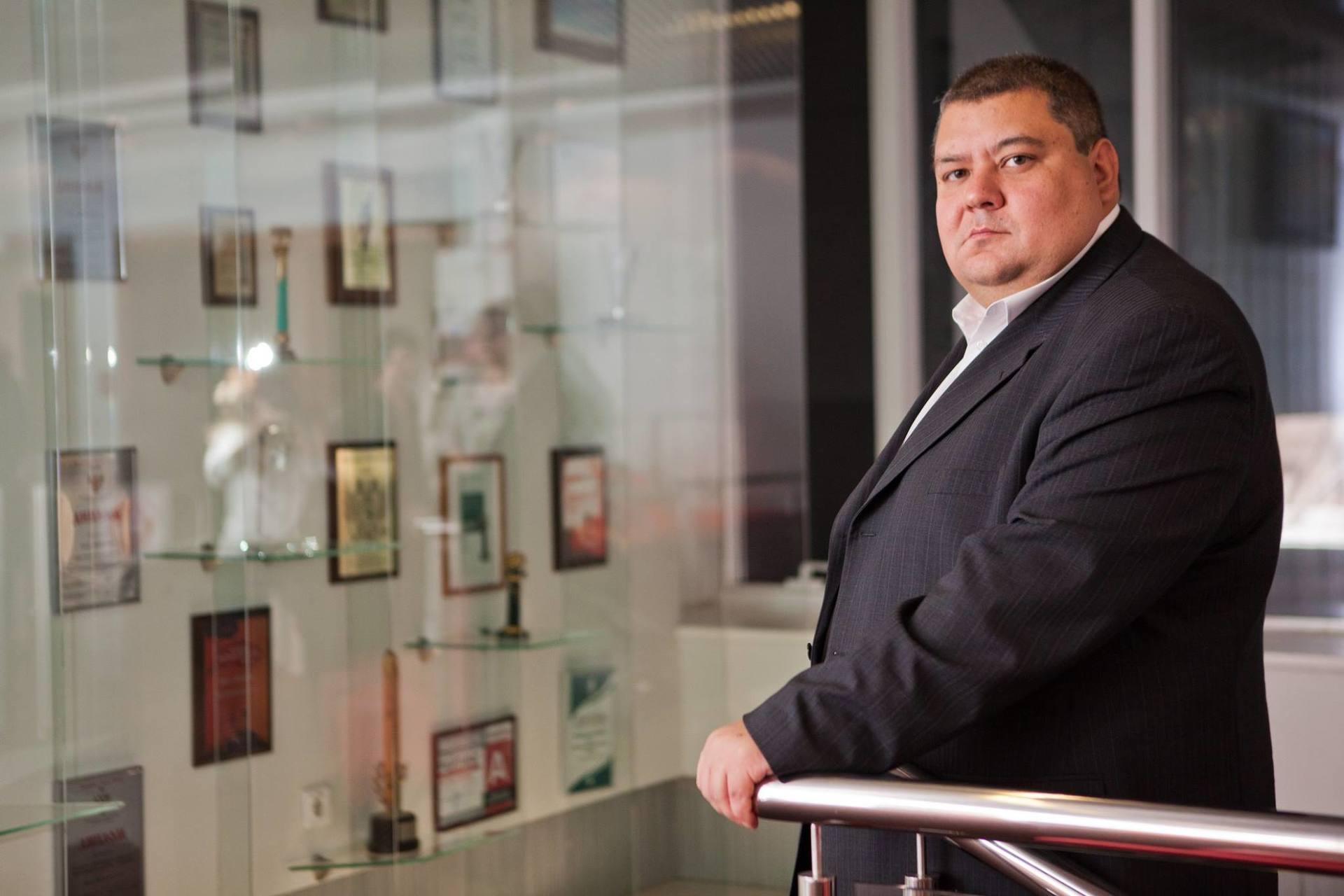 Владислав Кочетков, президент холдинга «ФИНАМ»: «Нам лучше удается учить, чем агрессивно продавать» - 1